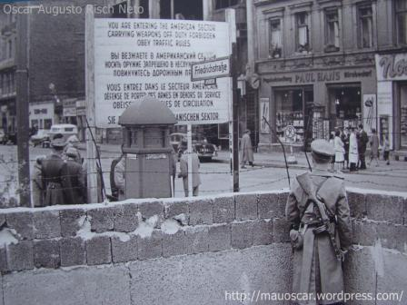 Checkpoint Charlie (3)