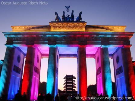 Portao de Brandenburgo - Vermelho e Azul