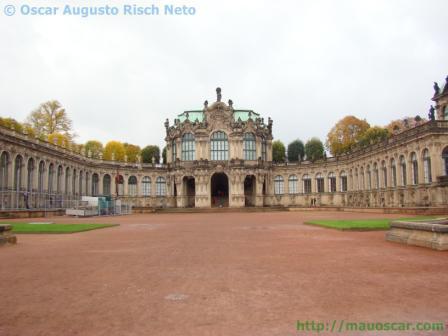 Zwinger em Dresden Saxonia