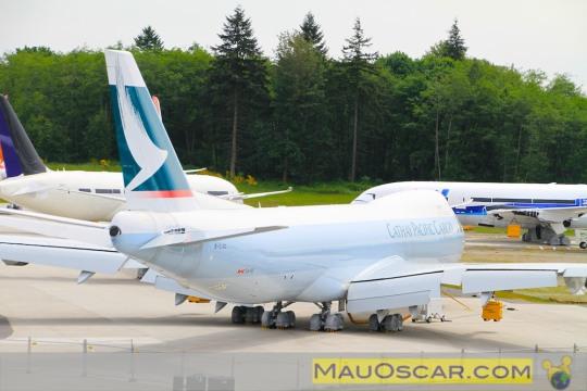 Visitando a maior fábrica de aviões do mundo 747-8-freighter-da-cathay-pacific