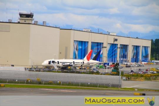 Visitando a maior fábrica de aviões do mundo Enorme-galpc3a3o-da-fc3a1brica-da-boeing-em-everett