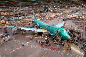 Visitando a maior fábrica de aviões do mundo Linha-de-produc3a7c3a3o-do-747