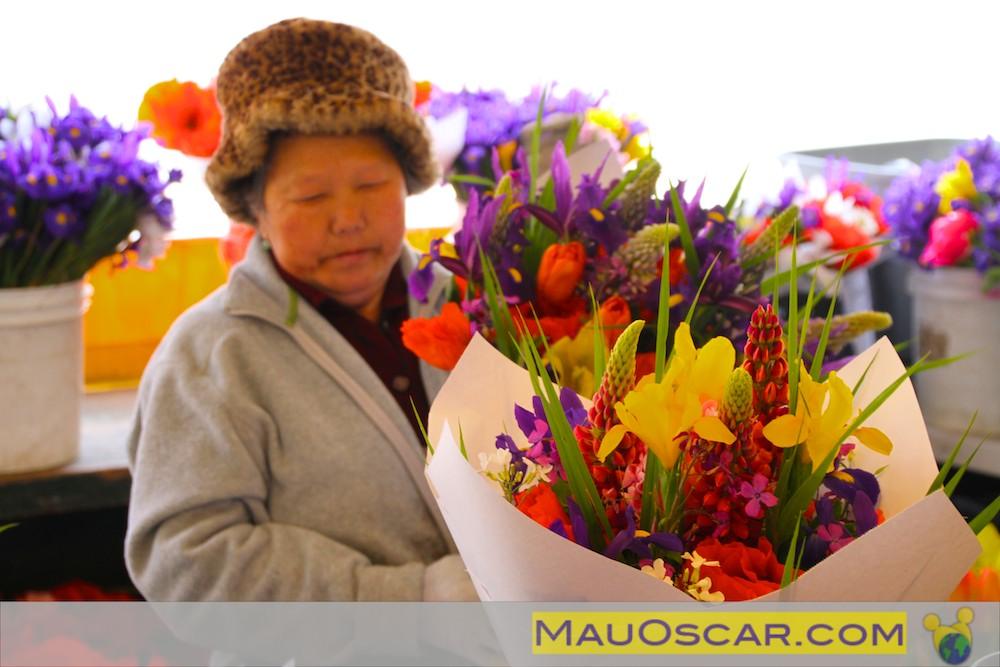 Orientais dominam o comercio de flores no Pike Place Market Seattle