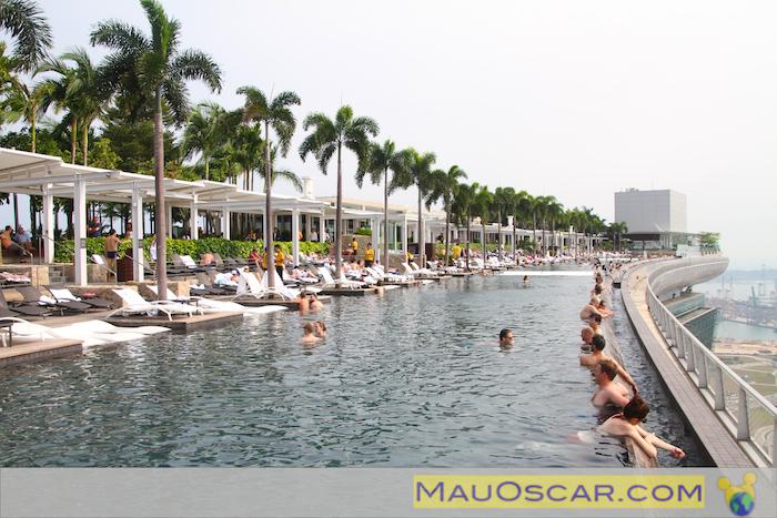 Marina bay sands em cingapura muito al m do cassino mauoscar blog de viagens - Ingresso piscina marina bay sands ...